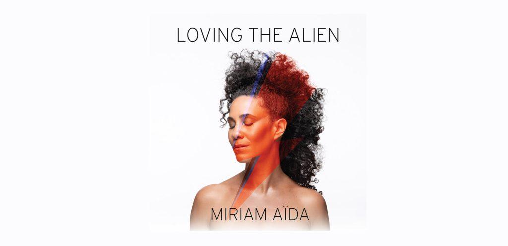 """e3f2ba4768d0 LOVING THE ALIEN Miriam valt att tolka David Bowie på sitt eget unika sätt  och åker på turné. """""""